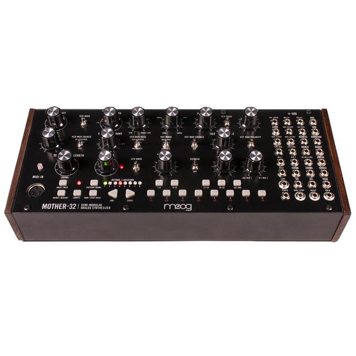 MOOG Mother-32 - syntezator semi-modularny