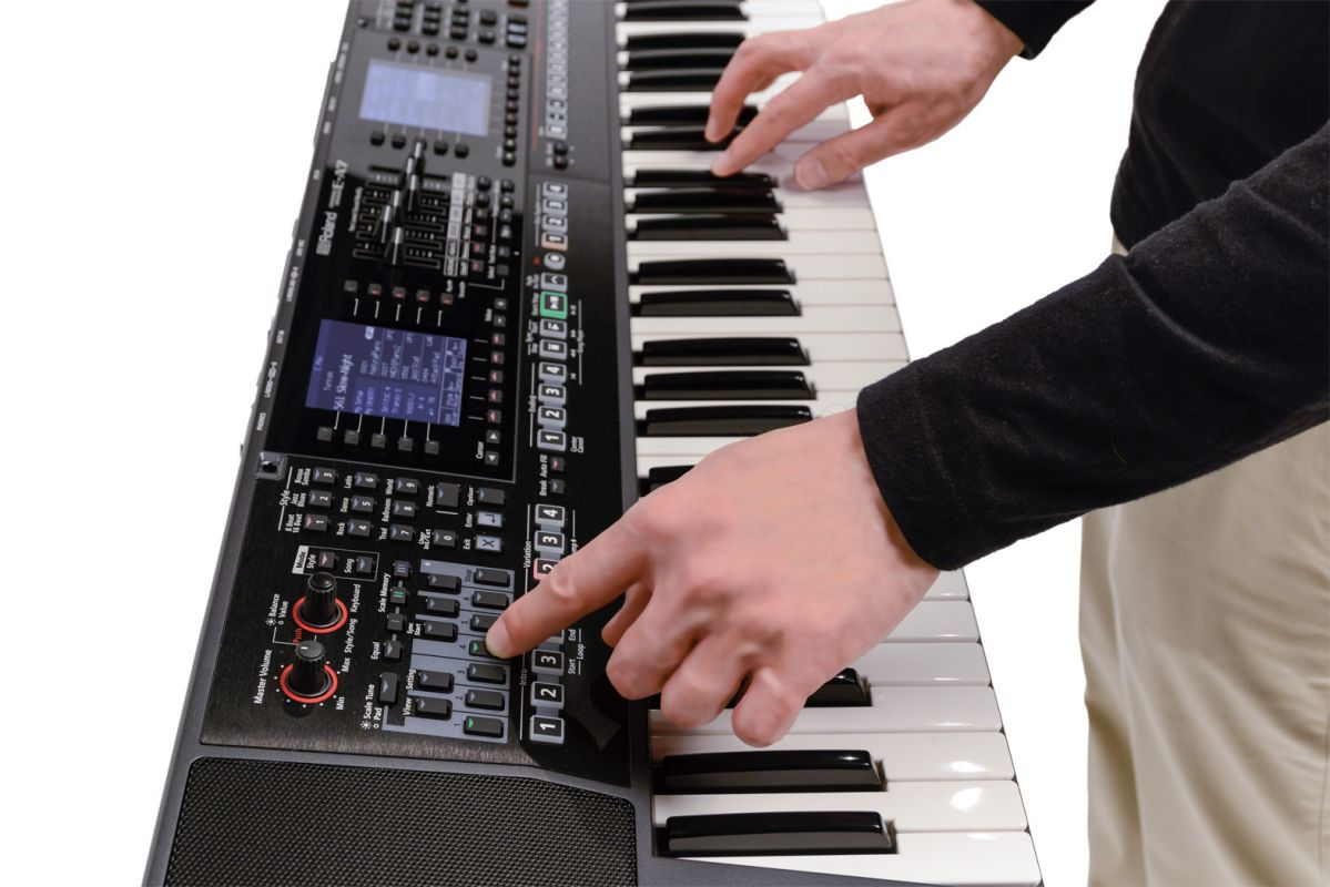 Roland E-A7, syntezator/aranżer